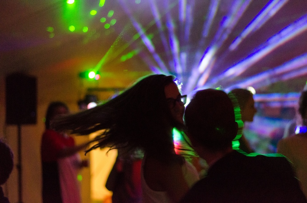 On the dancing floor (2539 visits) Wedding pictures | On the dancing floor